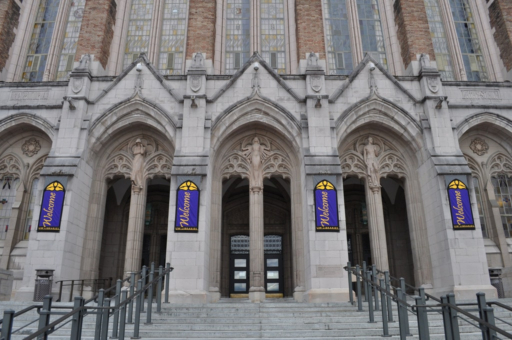 Suzzallo Library, University of Washington   © Joe Mabel / Flickr