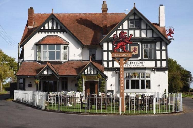 The Red Lion, Earlswood