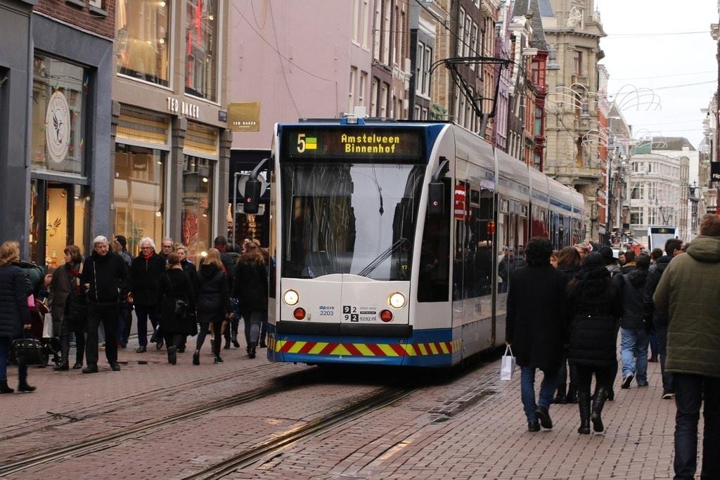 tram-1185280_1920 (2)