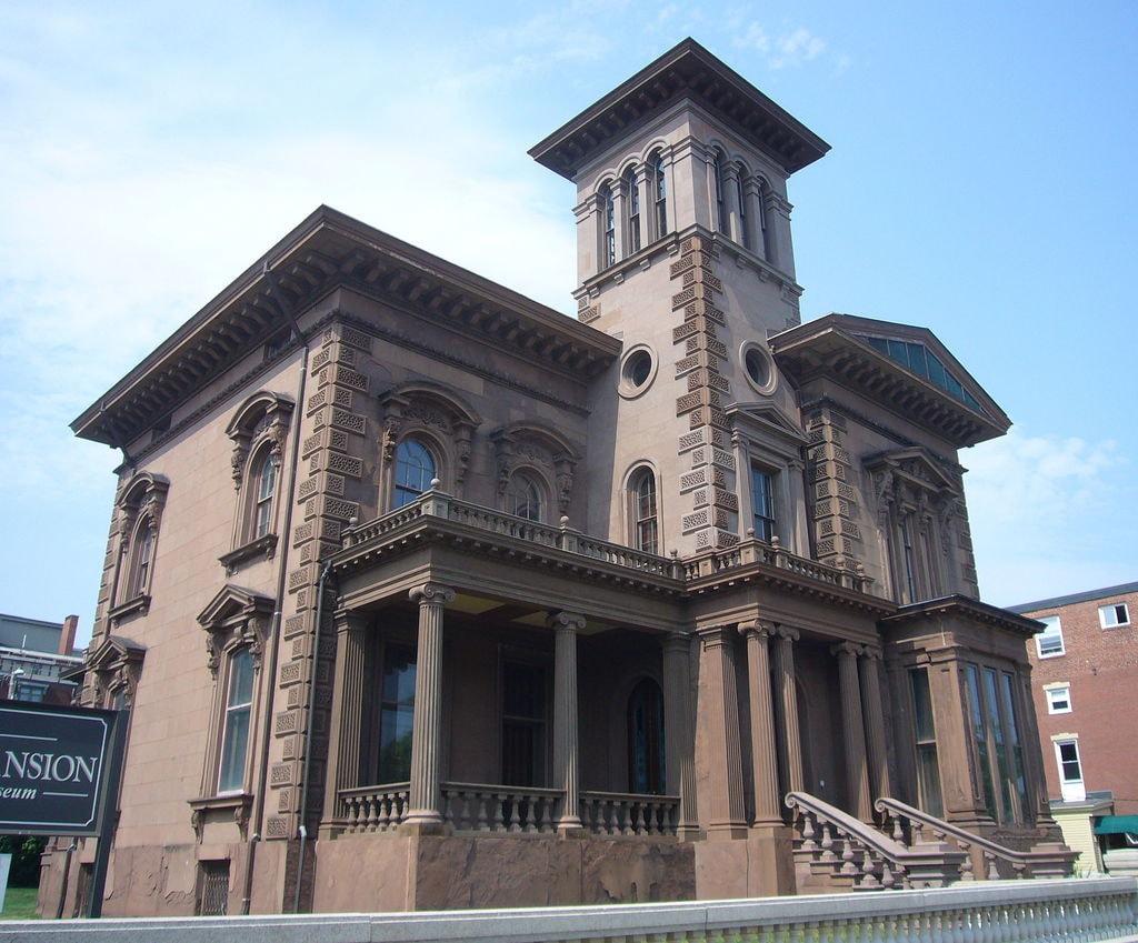 Victoria_Mansion,_Portland,_Maine_USA