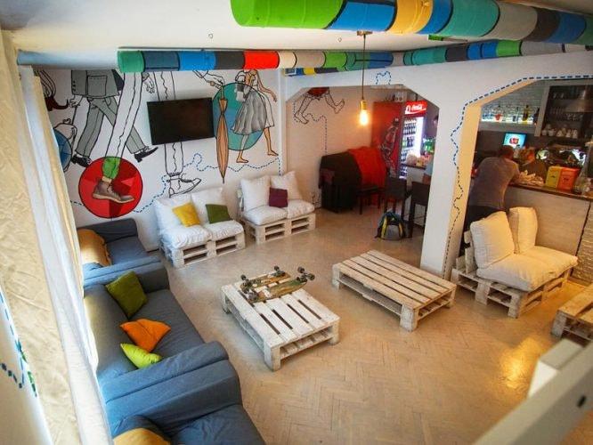 Whole Wide World Hostel & Bar | Courtesy of Hostelworld