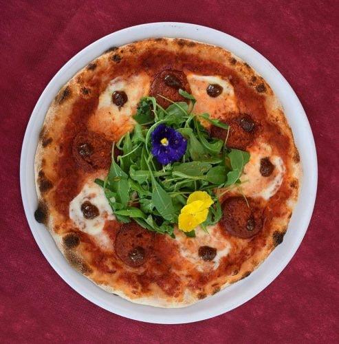 Award-Winning Pizza courtesy of Pizzeria El 44