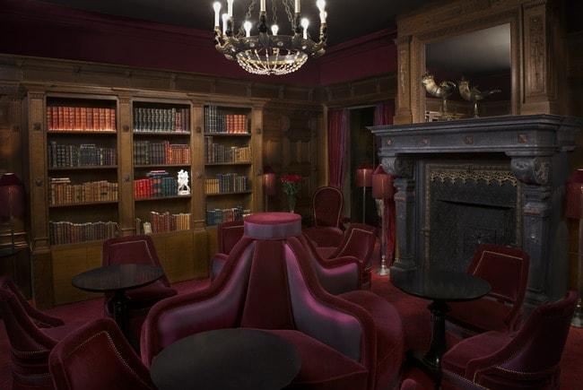 2. Bar & library-min