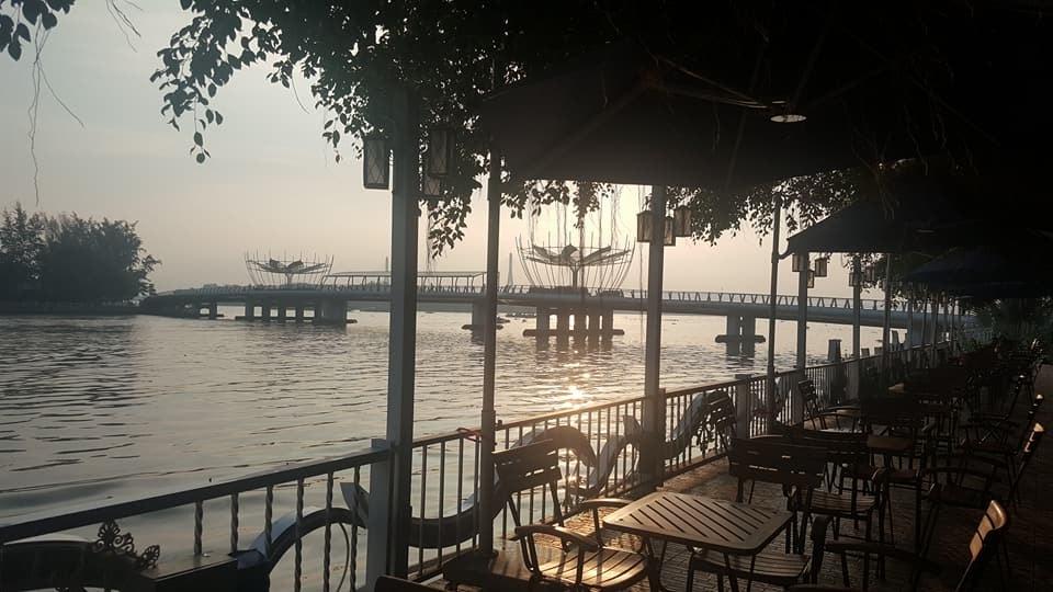 What a view   © Cafe Lotus Ninh Kieu/Facebook