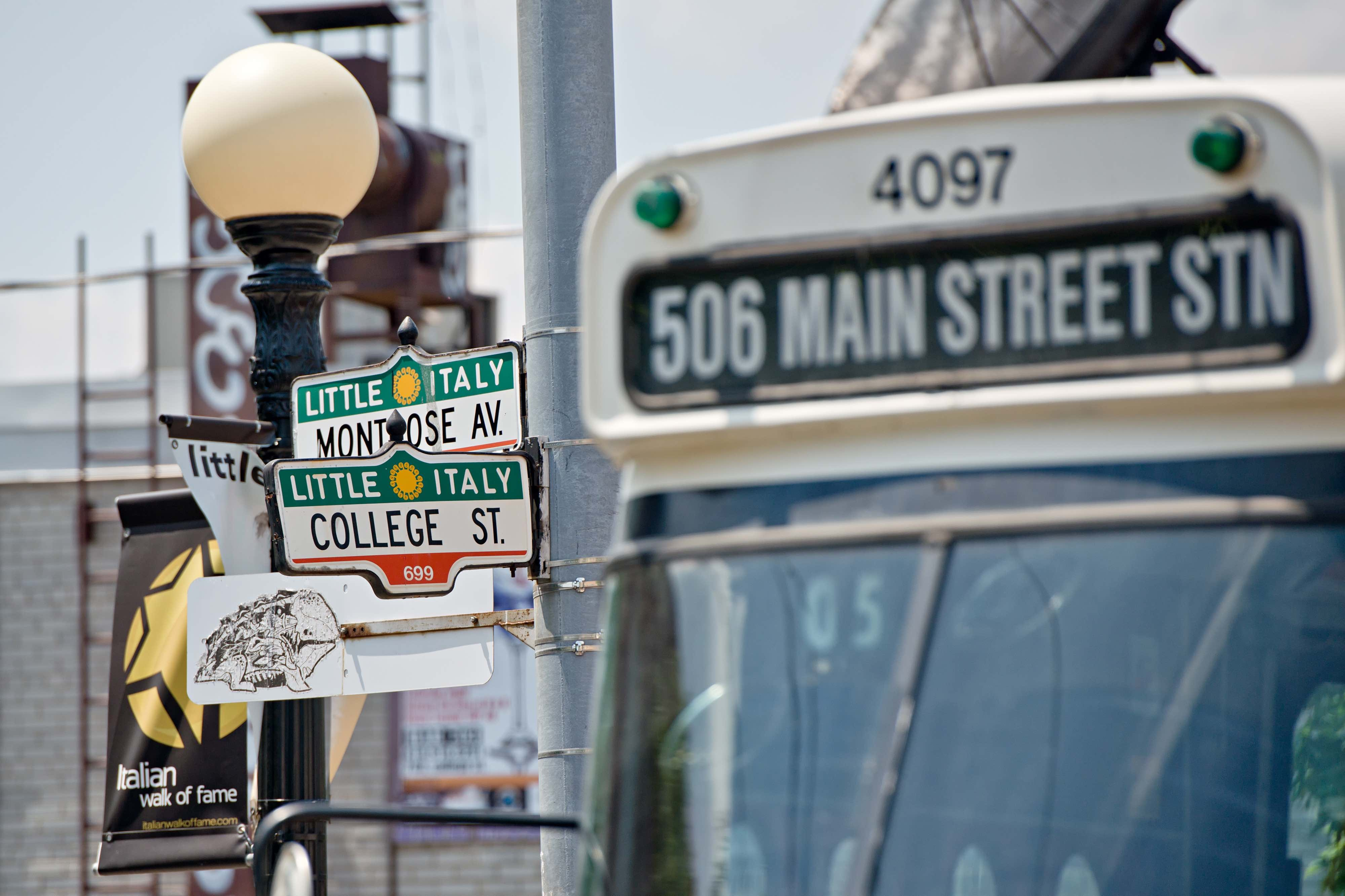 Little Italy signpost | © Clifton Li/Tourism Toronto