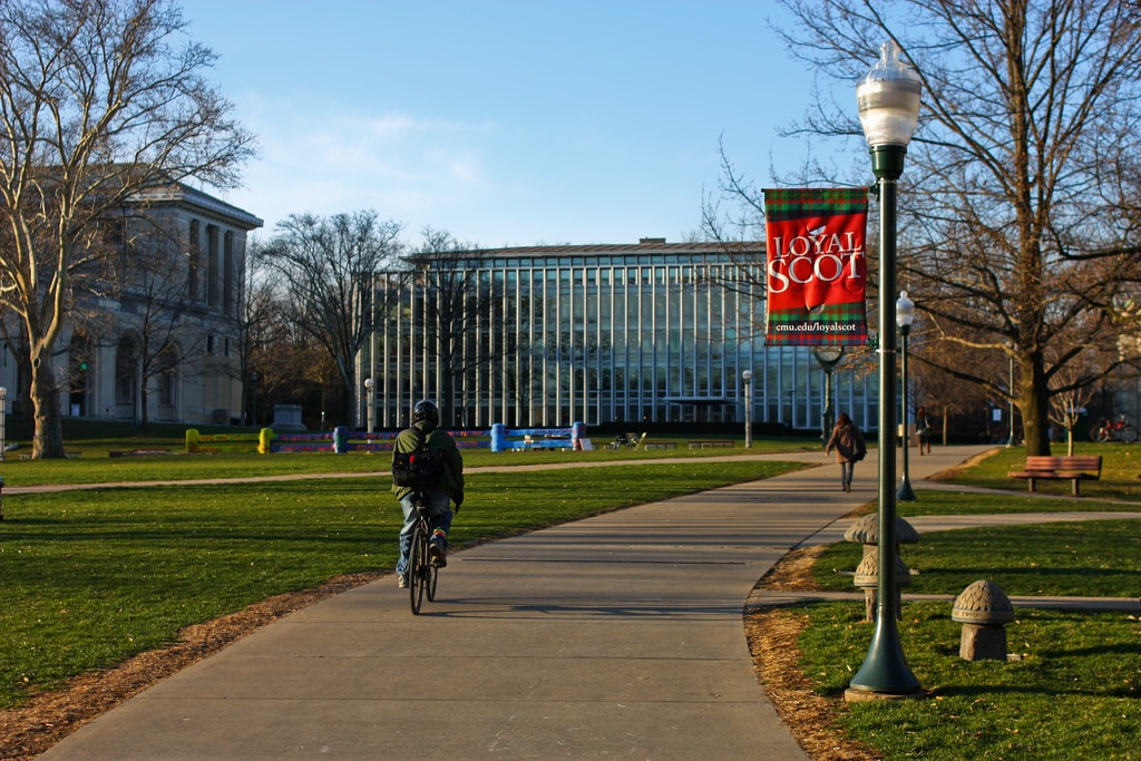 Carnegie Mellon University | © Yisong Yue / Flickr