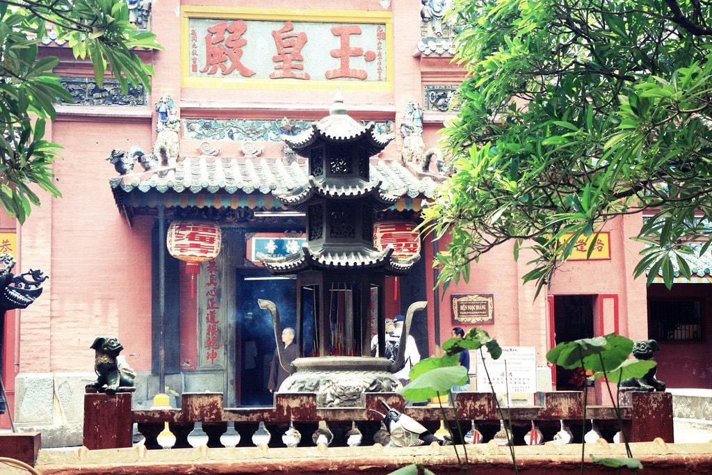 Jade Emperor Pagoda | © Andrea Schaffer/Flickr