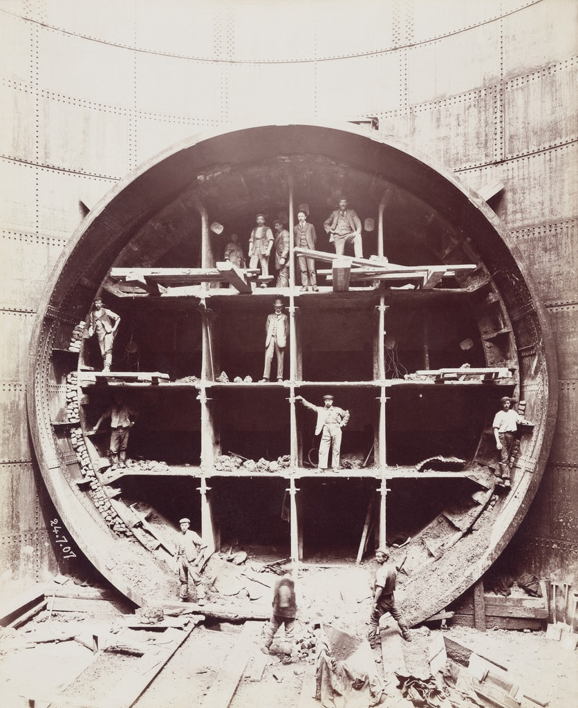 8. Construction of the Rotherhithe Tunnel © Science Museum copy