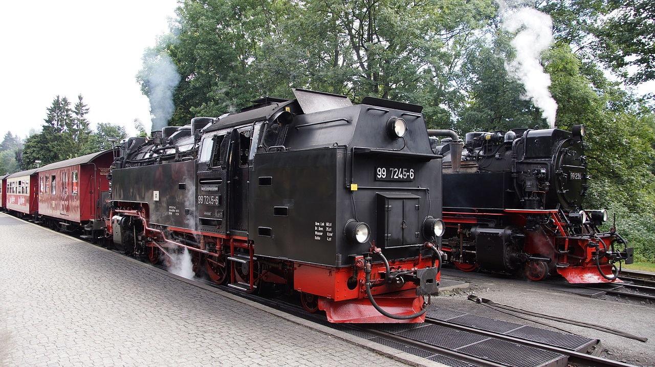 99_236_und_99_7245_der_Harzer_Schmalspurbahnen_in_Drei_Annen_Hohne_02