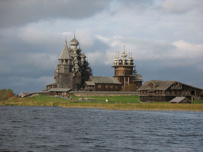 Покровская_церковь_(деревянная)_(1764_г.)_02