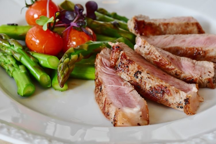 asparagus and meat