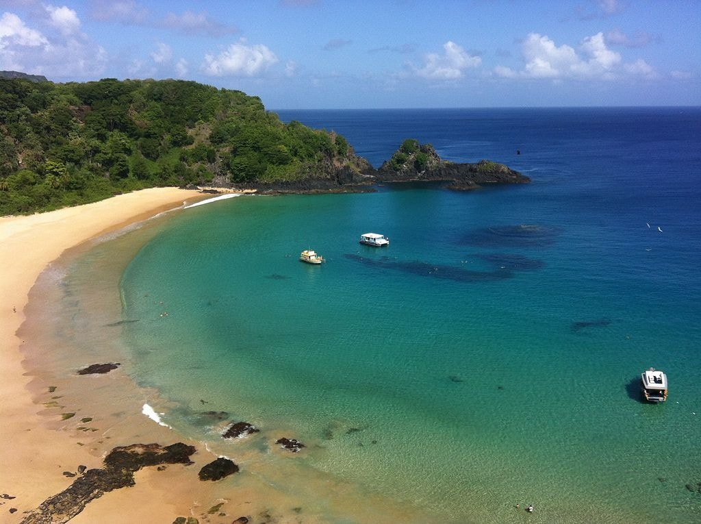 Baia_do_Sancho_Fernando_de_Noronha