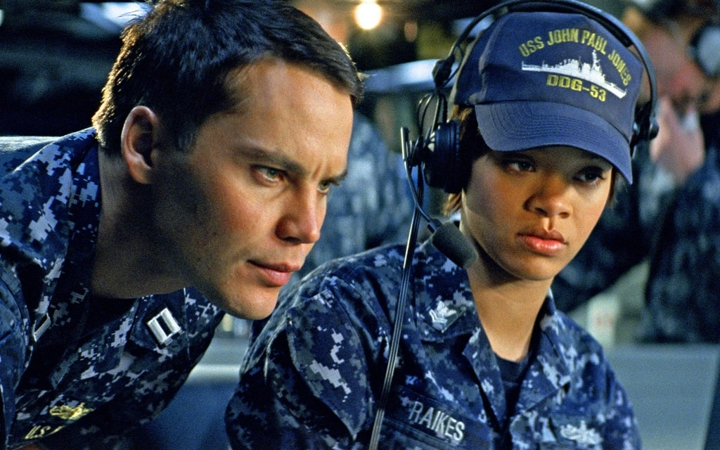 battleship-movie-image-taylor-kitsch-rihanna