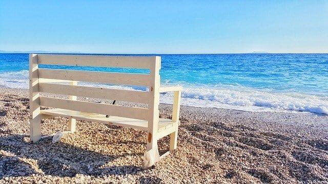 beach-2733116_640