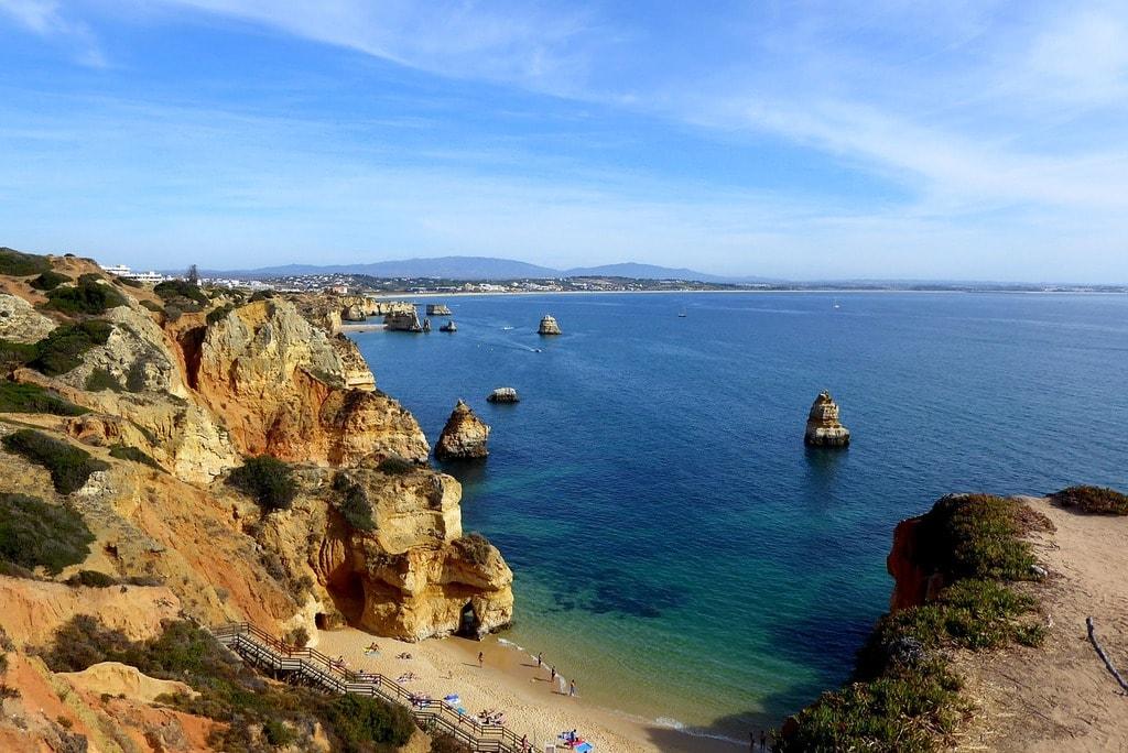 https://pixabay.com/en/beach-algarve-lagos-portugal-coast-2965386/