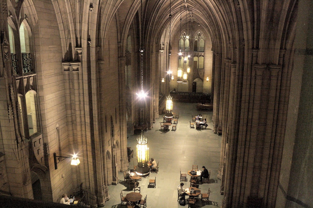 Cathedral of Learning | © brian donovan / Flickr