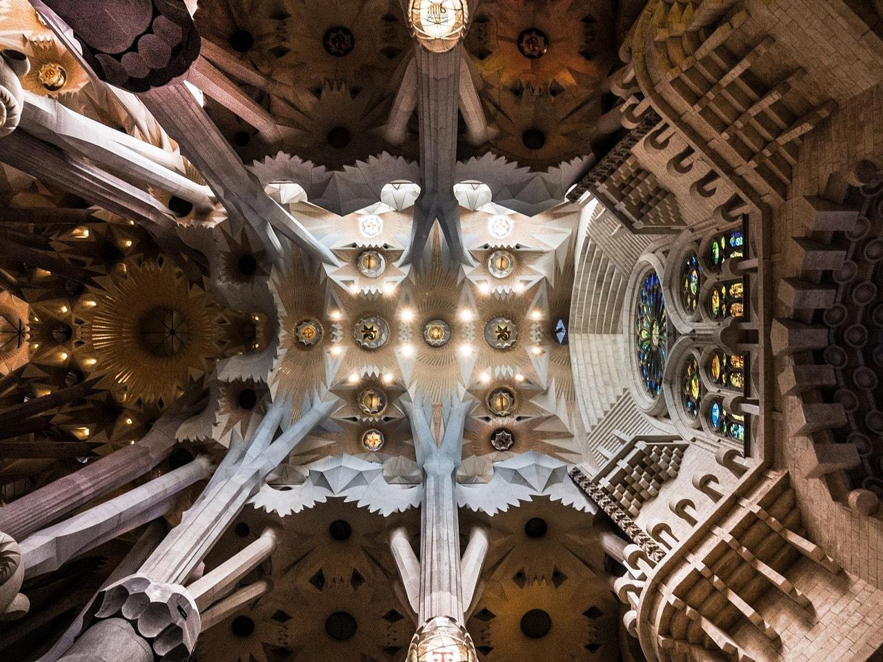 ceiling-1481632_1280