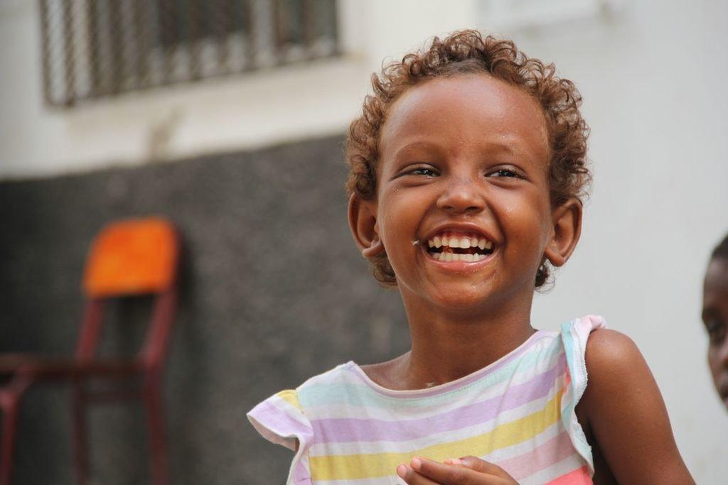 djibouti-african-child-travel-local