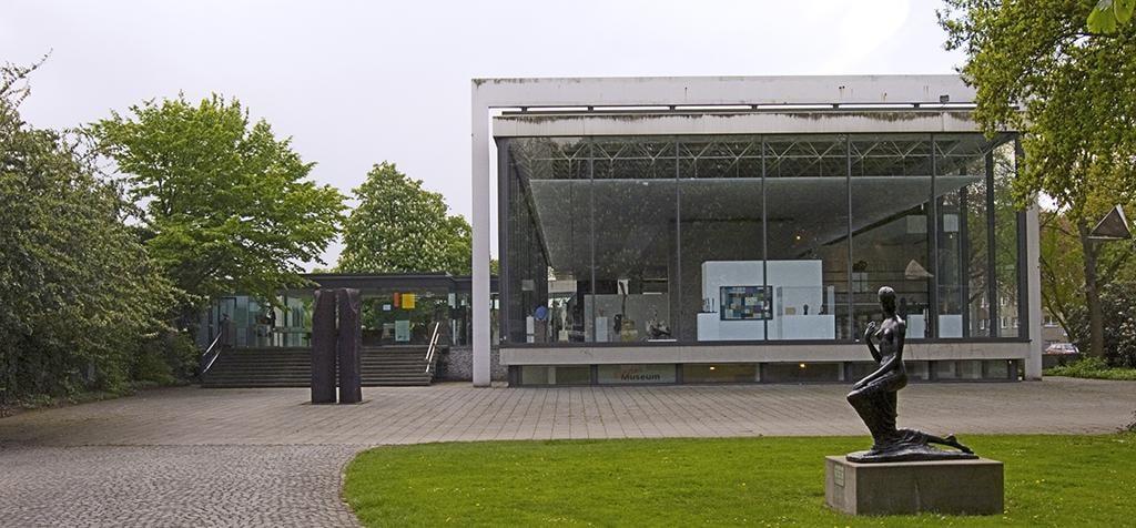 Duisburg_wilh_lehmbruck_museum_außen