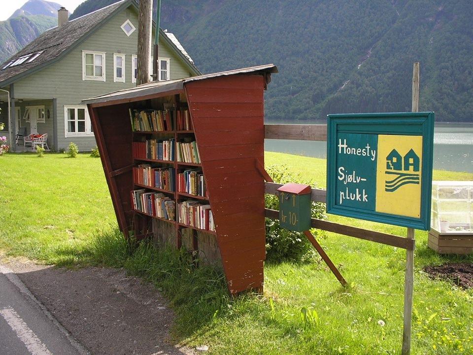 Fjærdal is full of self-service bookshelves | Courtesy of Den norske bokbyen