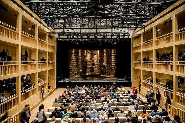 Gdański_Teatr_Szekspirowski_-_scena_włoska