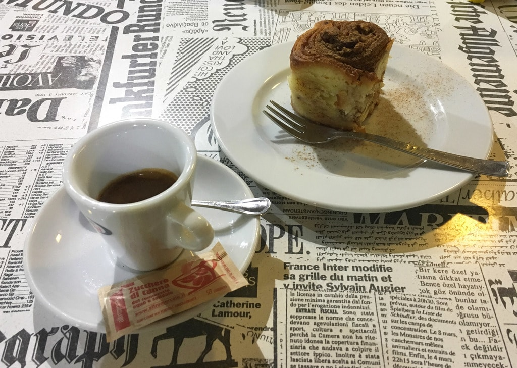 The cinnamon and walnut buns are a must-try at Giufà | © Emma Law