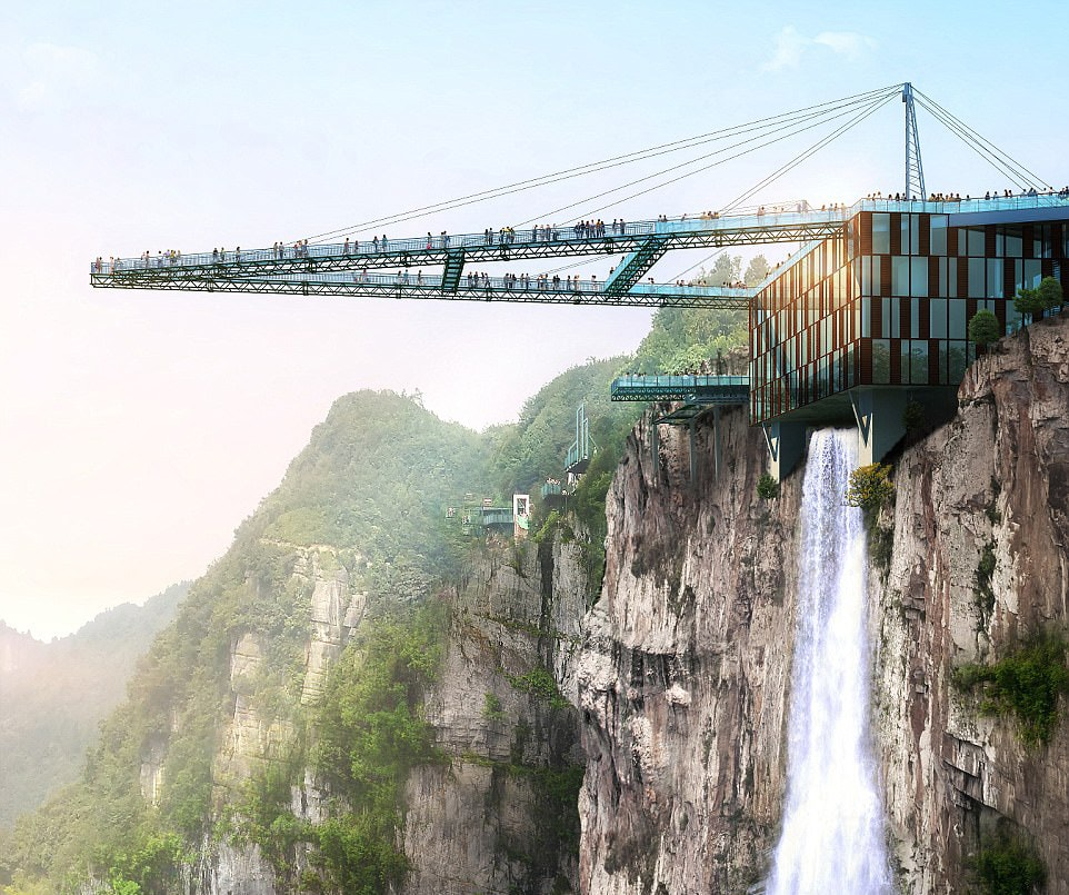 Glass-bridge-China-Wansheng-Ordovician-Theme-Park