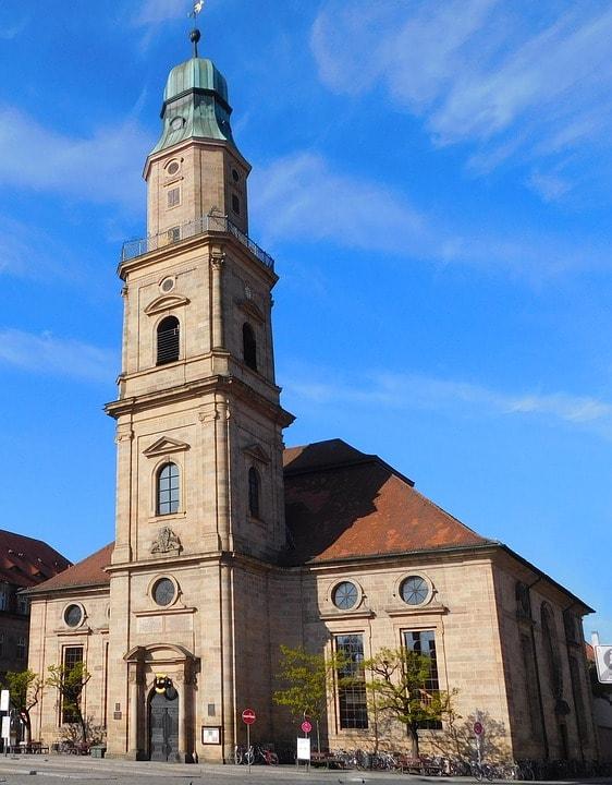 huguenot-church-2292338_960_720