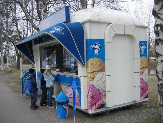 Ice_cream_kiosk_in_Oulu