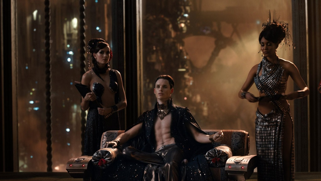 jupiter-ascending-space-vampires