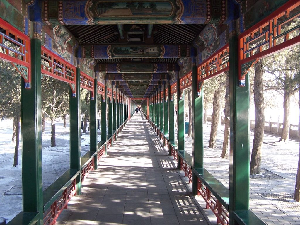 Long_Gallery,_Summer_Palace_at_Beijing