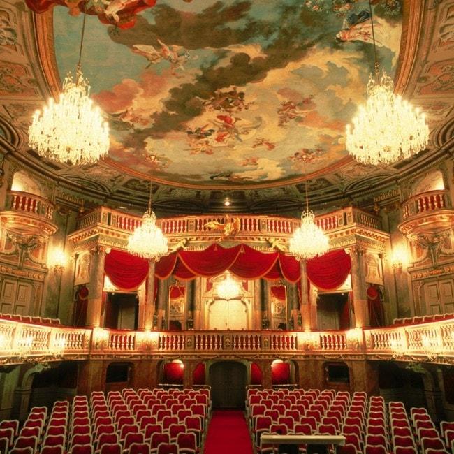 lowres_00000002444-schlosstheater-schoenbrunn-oesterreich-werbung-Bartl - Edited