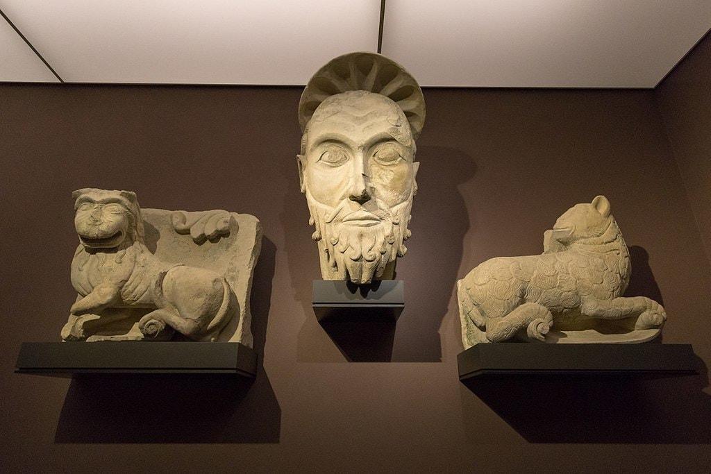 LWL-Museum_für_Kunst_und_Kultur-Löwe-Pauluskopf-Lamm_vom_St_Paulus_Dom-6345