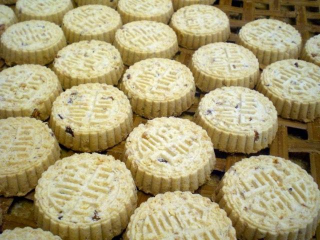 Macau_Koi_Kei_Bakery_Almond_Biscuits