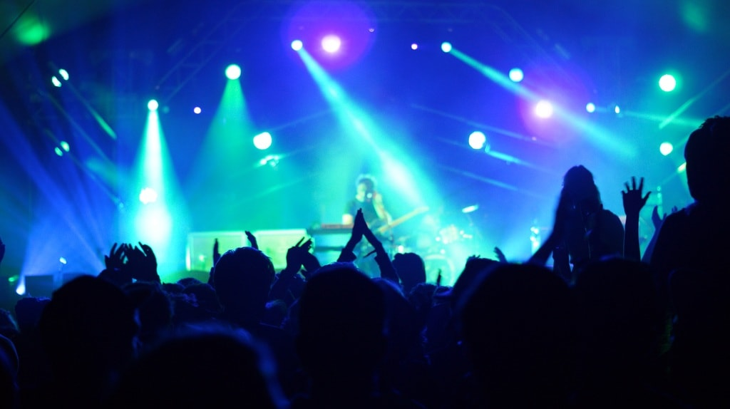 music-people-crowd-concert-audience-stage-5299-pxhere.com