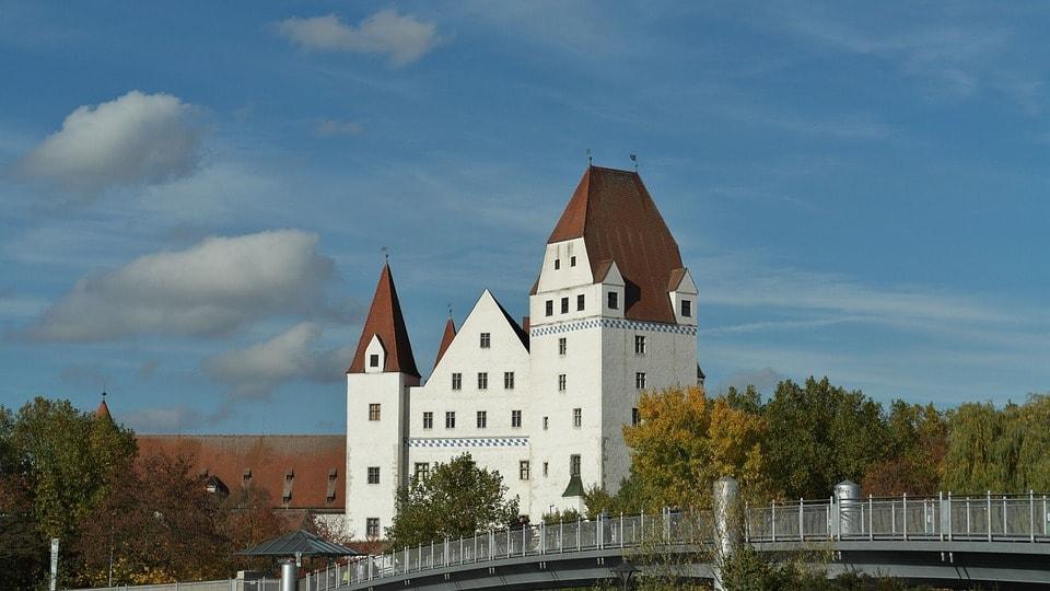 new-castle-200390_960_720