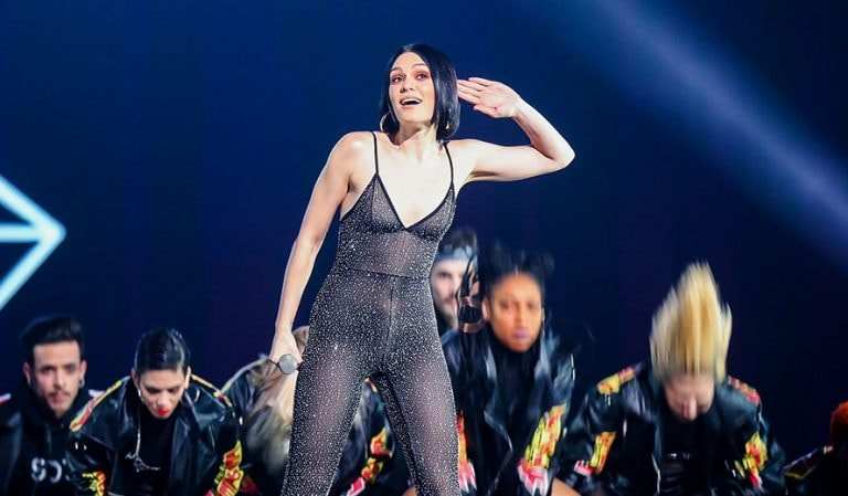 Introducing G E M  – China's Taylor Swift