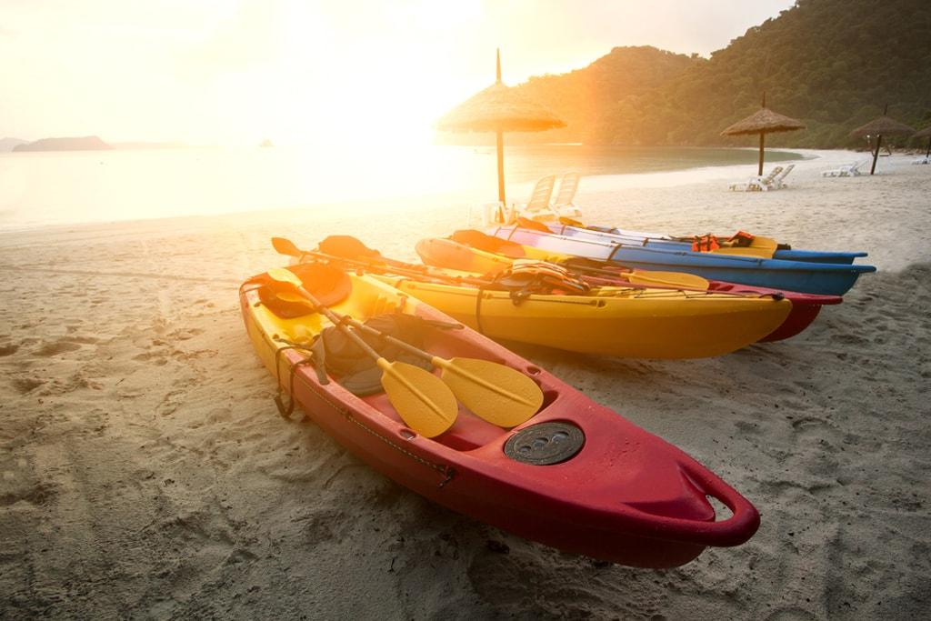 Sea-Kayaking-in-Myanmar