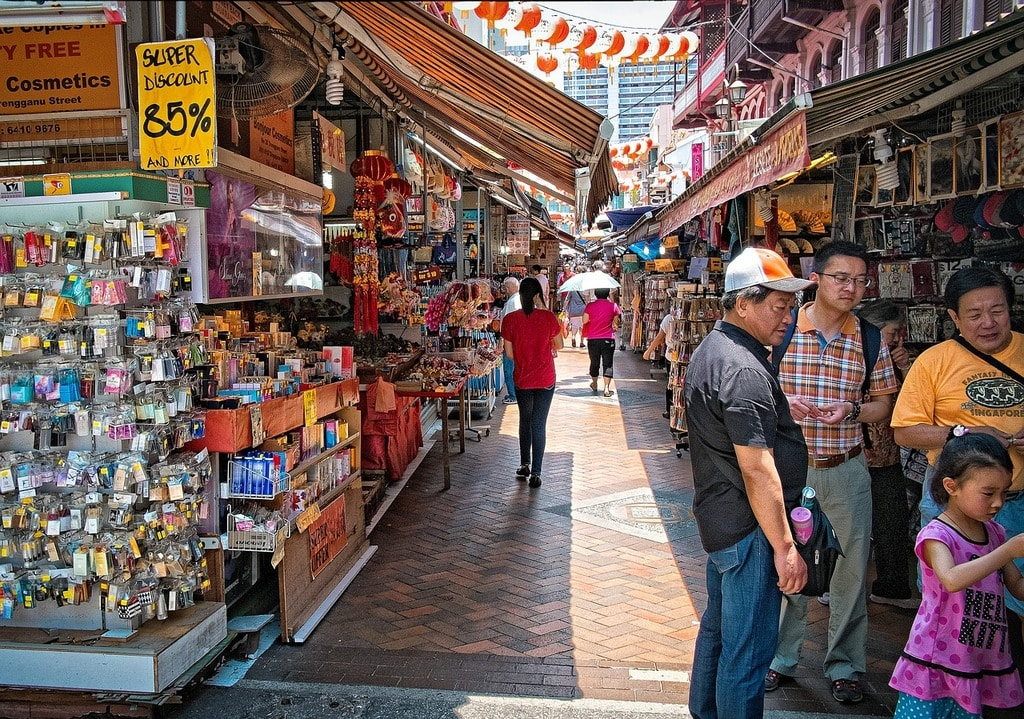 Singapore Shoppers China Town Shopping Market
