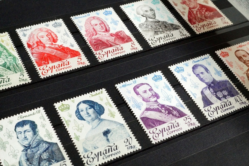 stamps-1218502_1920