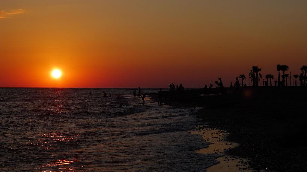 Sunset_in_Anaklia, Georgia Lodian WikiCommons