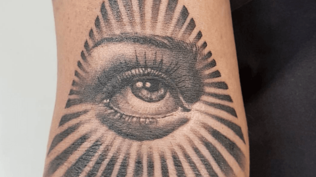 Tattoo studios_Black Lodge-min