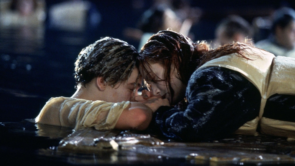 Leonardo DiCaprio and Kate Winslet / Titanic / 1997