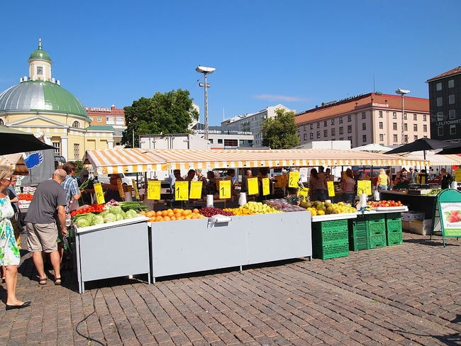 Turku_Market_Square_-_fruits