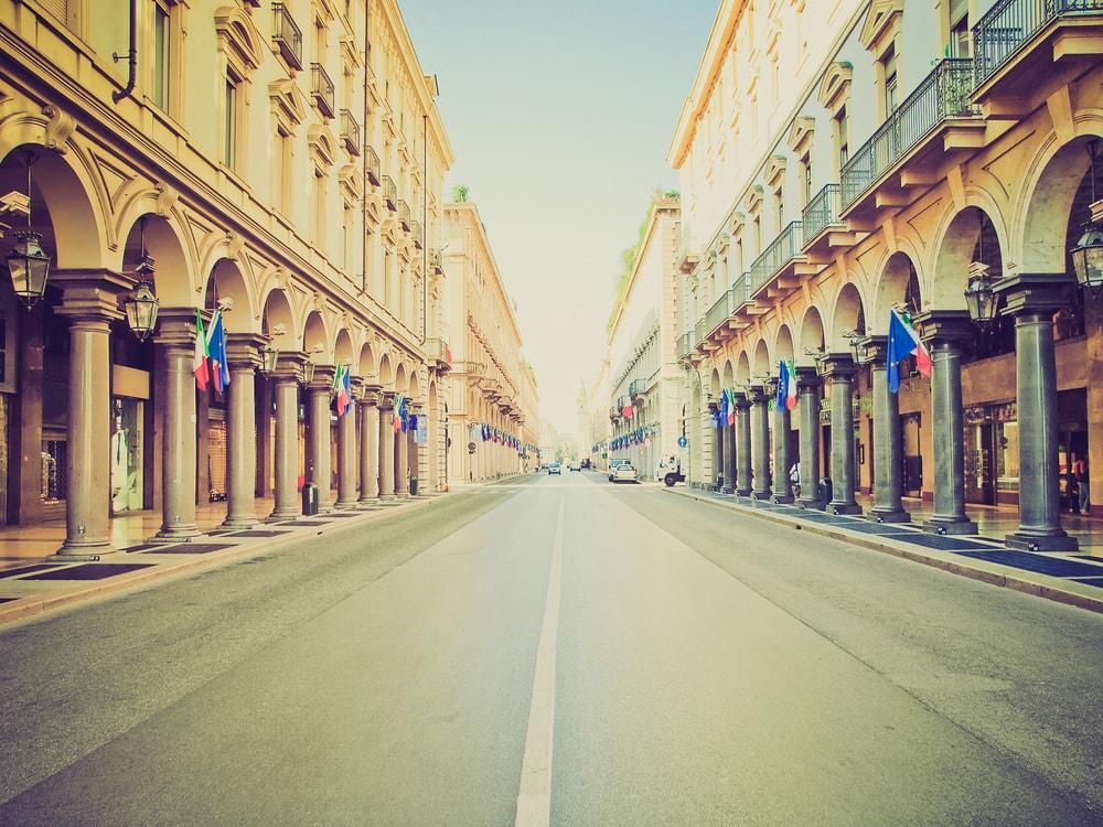 The grand porticoes of Via Roma, Turin | Shutterstock/Claudio Divizia