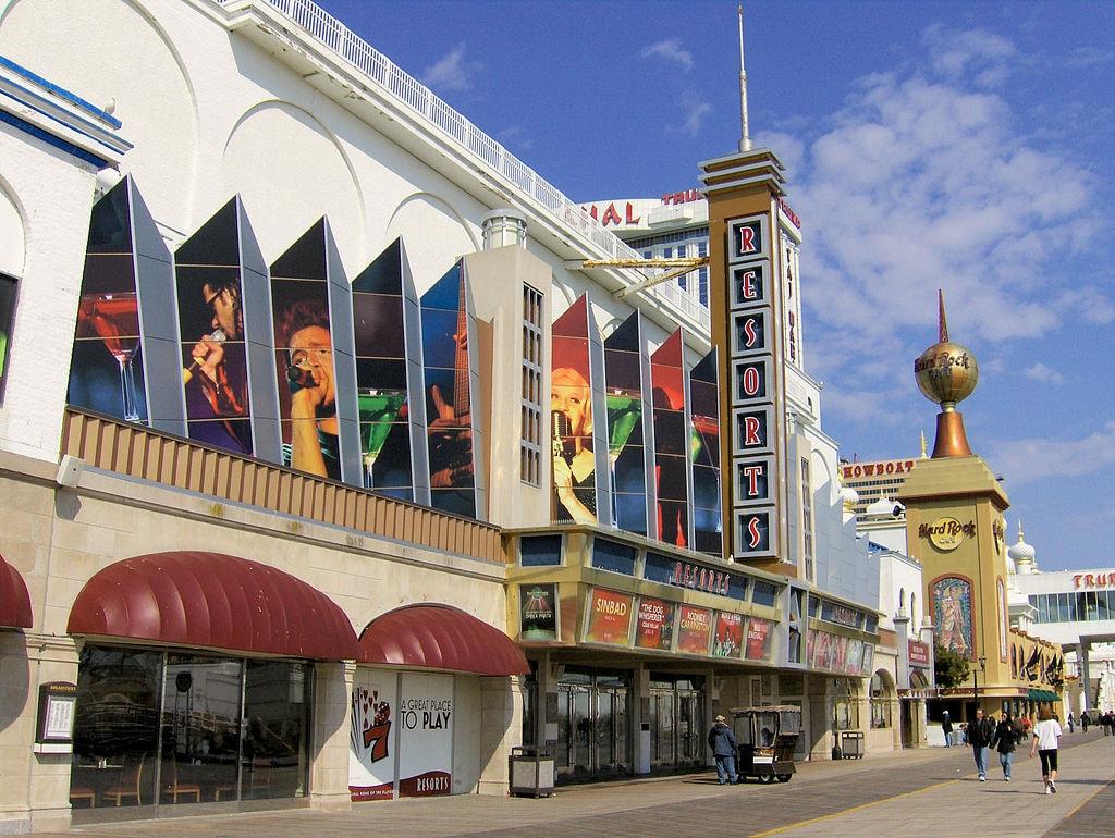 1024px-Resorts_Atlantic_City_-_Boardwalk_Entrance