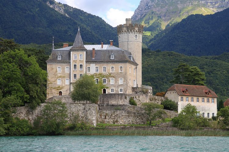 Duingt castle, Annecy Lake