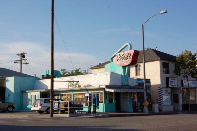 Rae's Restaurant