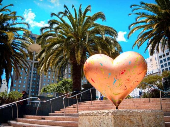 Heart sculptures in San Francisco [Union Square]