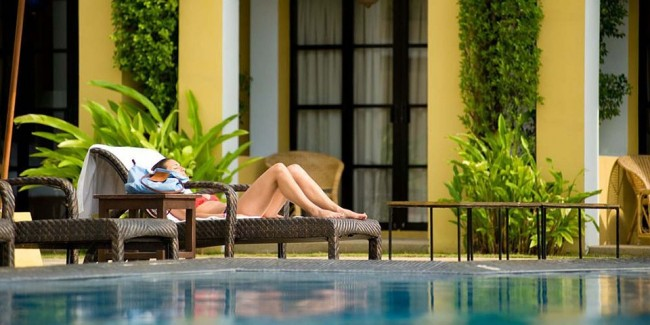 Outdoor pool, hotel